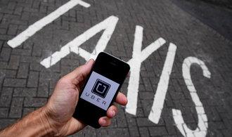 Uber aktualizuje aplikaci, sledovat cestující po vystoupení už nebude
