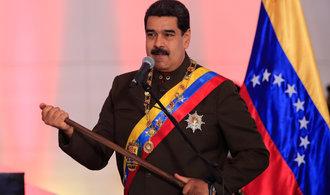 Venezuela zastavila teroristický útok, prohlásil Maduro. V zemi dál pokračují nepokoje