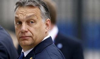 Evropská unie nabídne Maďarsku pomoc v migrační krizi, ubezpečil Orbána předseda Evropské komise
