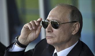 Putin je podle průzkumu důvěryhodnějším politikem než Trump