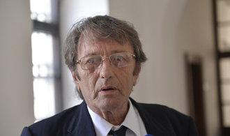 Soud po 22 letech částečně uznal vinu bývalého šéfa Poldi Kladno Stehlíka