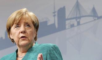 Merkelová se kvůli emisím zlobí na německé automobilky. Budu postupovat tvrdě, řekla kancléřka