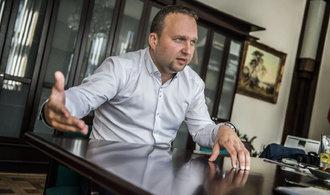 Jurečka chce být předsedou lidovců. Strana může ve volbách získat až jedenáct procent, říká