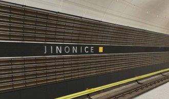 Konec kodrcání autobusem, v Jinonicích zase zastavuje metro. Podívejte se, jak dopadla oprava