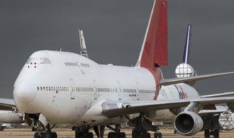 """Soumrak jumbo jetů. Prohlédněte si """"hřbitov"""", kde stará letadla končí"""