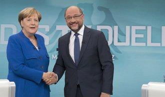 Rýsuje se staronová velká koalice? SPD zahájí rozhovory o vládě s Merkelovou