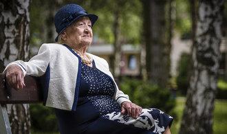 Komise projedná návrh na solidární penzi. Všichni senioři by mohli dostávat třetinu průměrné mzdy