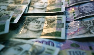 Zahraniční dluh Česka vzrostl o desítky miliard