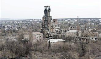 Úpadek dolů v Donbasu ještě urychlila válka. Prohlédněte si obrazy jejich zkázy