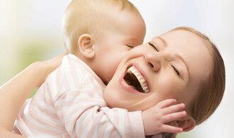 Sedm rozdílů mezi mateřskou a rodičovskou