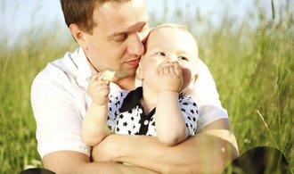 Od února začne platit otcovská, využít ji lze už nyní