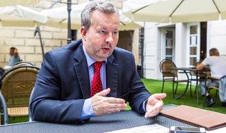 Vyjednavači ANO a ČSSD se shodli na daních a karenční době