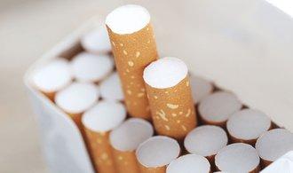 Prodejcům cigaret hrozí milionové pokuty