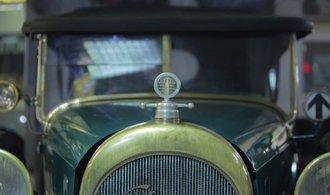Retrostroje: Československý Rolls Royce. Připomeňte si, jak vypadala produkce slavné waltrovky