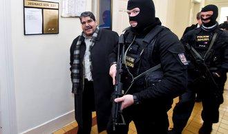 Turci dál šijí do Česka kvůli propuštění Kurda. Praví muži založili Slovensko, řekl Erdoganův muž