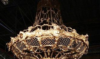 OBRAZEM: Strop Státní opery se znovu rozzáří