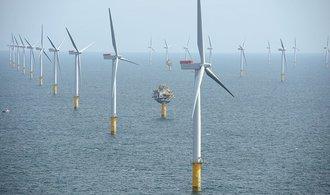 Ve Velké Británii roste největší příbřežní větrná elektrárna na světě