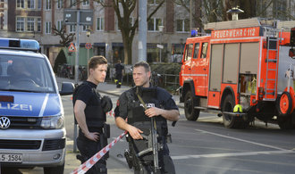 V Münsteru najel do lidí muž v dodávce. Několik mrtvých