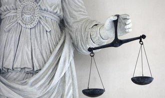 Evropská unie i Česko se chystají umožnit hromadné žaloby, návrhy se ale liší