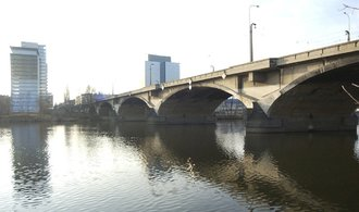 Oprava Libeňského mostu vyjde na půl miliardy. Jde o druhou nejlevnější variantu
