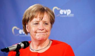 Merkelová hledá cestu z vládní migrační potyčky