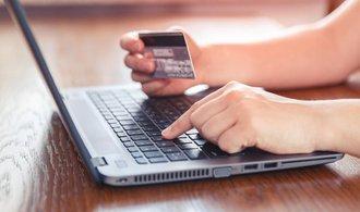 Nákupy přes internet máme čím dál raději