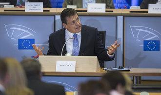 Zemanovi bych vysvětlil rizika odchodu z EU, říká  slovenský prezidentský kandidát Maroš Šefčovič