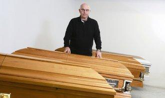 Pohřebnické služby žijí z šedé ekonomiky, říká ředitel pražského Pohřebního ústavu Julius Mlčoch