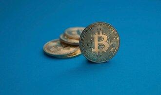 Mýty a velká očekávání. Novou bublinou se po bitcoinu může stát blockchain