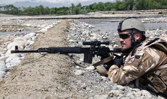 Z Afghánistánu se nestahujme, říkají bývalý ministr a exnáčelník armády