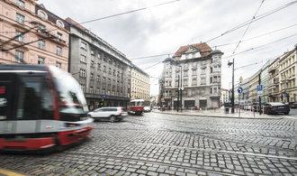 Komentář Bohumila Pečinky: Město, kde se zastavil čas