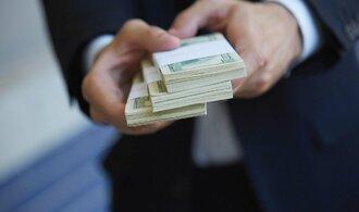 Polovina Čechů letos předpokládá, že si finančně polepší