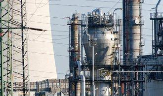 Unipetrol a spol. budou vysvětlovat, jak mají pokryté dodávky pohonných hmot na 30 dní