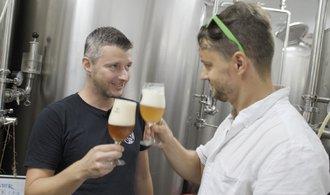 Pivní skaut: minipivovaru HoppyDog začíná být vítkovická garáž malá