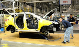 Výroba automobilů ustane po naléhání odborů i v Nošovicích