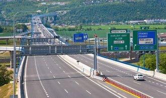 Stát má dát Praze 100 milionů na silnice, radní chtějí třikrát tolik
