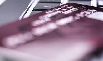 Banky a pojišťovny modernizují. Usnadňují život klientům i zaměstnancům