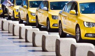 Provozovatelé taxi se bojí odpovědnosti za své řidiče