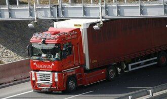 Na české kamiony dopadnou nová pravidla, upravila nárok řidičů na západní mzdy
