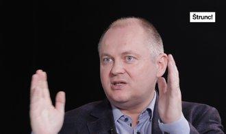"""ČSSD byla stranou více názorů. Sobotkova """"genocida"""" to ukončila, říká Michal Hašek"""