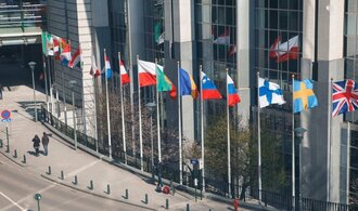 Nový Evropský parlament bude roztříštěnější. Posílí protestní strany