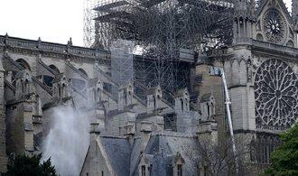 Osud Notre-Dame není výjimečný. Připomeňte si další památky, které zničil oheň