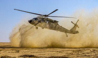 Armáda dostala dvě nabídky na dodávku amerických vrtulníků, zaplatila by nejméně 13 miliard