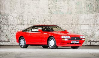 OBRAZEM: Ferrari F40 nebo Porsche 959. V osmdesátých letech automobilky soutěžily v supersportech