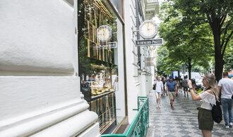 Luxusní hračka českého miliardáře se ne a ne rozjet