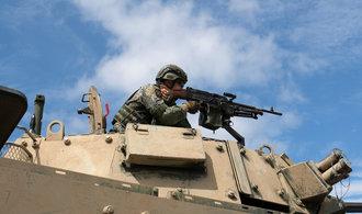 Zbraně za miliardy. Spojené státy schválily prodej tanků a raket Tchaj-wanu