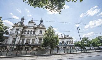 Ruina secesního nádraží Vyšehrad je na prodej