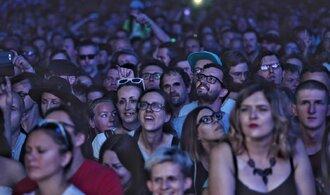 Ohrožené hudební festivaly: Válčí se ztrátami i termíny a čekají na verdikt vlády