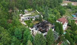 Exekutor chystá opakovanou dražbu vily uprchlého Radovana Krejčíře v Černošicích