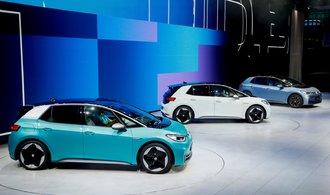 NYT: Volkswagen stlačil náklady na baterie elektroaut pod hranici, kde měly být až za pět let